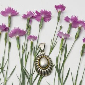 Vintage .925 Sterling Silver Pendant